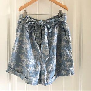 Dex leaf print chambray shorts